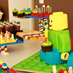 My mom is so cool by Nara Maitre: Legos com gosto de chocolate!