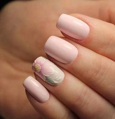 Having short nails is extremely practical. The problem is so many nail art and manicure designs that you'll find online Nail Polish, Manicure And Pedicure, Nail Nail, Nail Glue, Ongles Roses Clairs, Cute Nails, Pretty Nails, Hair And Nails, My Nails
