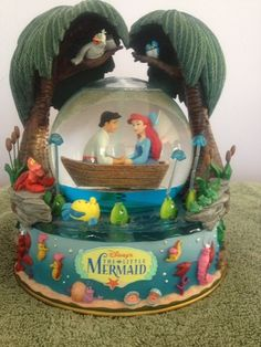 Disney Little Mermaid Kiss The Girl Musical Water Globe | eBay