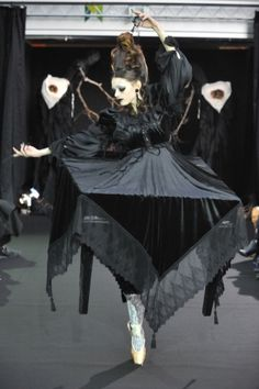 Alice auaa: Gothic Ballerina