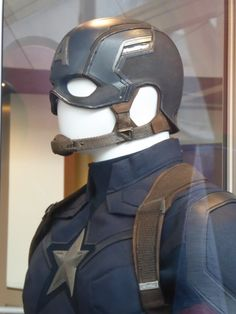 Captain America: Civil War helmet detail