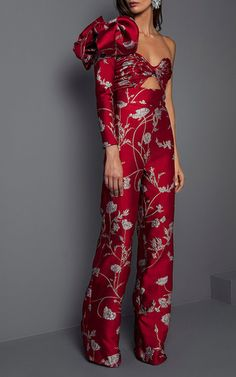 Shop Jagger One Shoulder Jacquard Jumpsuit. This **Johanna Ortiz** jumpsuit features a standing ruffle on one shoulder and a cutout bodice. 70s Fashion, Timeless Fashion, Fashion Glamour, Edgy Outfits, Fashion Outfits, Wedding Pants, Suits For Women, Clothes For Women, Fashion Details
