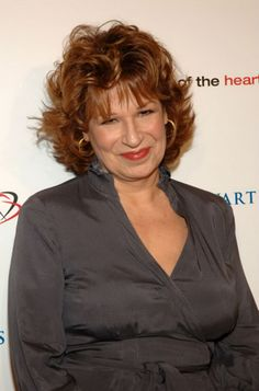 Joy Behar is a famous star whom considered as a role model for many adult women and that's because her elegant & simple medium & short hairstyles. Haircuts For Wavy Hair, Layered Haircuts, Her Cut, Cut Her Hair, Medium Short Hair, Medium Hair Cuts, Popular Hairstyles, Latest Hairstyles, Feathered Hairstyles