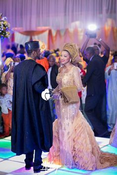 SAFIYA AND UMAR'S SPLENDOROUS WEDDING...Wow, try another color than the traditional white.