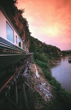 Orient Express- It is totally a dream of mine to ride cross continent on a train… By Train, Train Tracks, Train Rides, Travel Around The World, Around The Worlds, Istanbul, Simplon Orient Express, Bonde, Train Journey