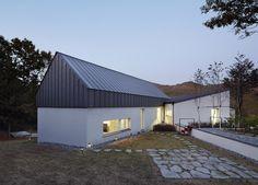 Yangpyeong Passive House / Engineforce Architect