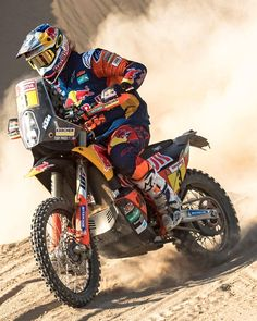 takes the lead with two stages to go : Source IG: alpinestars Motocross, Four Wheelers For Sale, Sport Cars, Race Cars, Youth Atv, Rallye Raid, Cool Dirt Bikes, Honda 125, Bike Pic