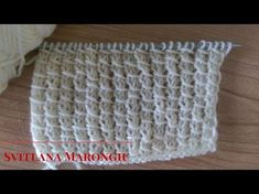 Punto semplice con le maglie accavallate ai ferri - YouTube Bamboo, Crochet Hats, Youtube, Camilla, Lana, Iron, Flowers, Knitting Hats, Youtubers