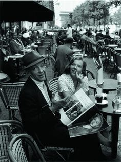 """Paris 1960 """"Fred Astaire et sa fille au Fouquets""""   byWilly Rizzo"""