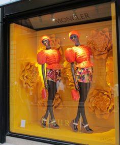 (A través de CASA REINAL) >>>> #MONCLER #FleurTheme #Rome 2014