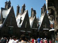 Ollivander's Wand Shop-Wizarding world of Harry Potter  Kid-Friendly Reviews at Trekaroo  #FamilyTravel Family Vacation Destinations, Florida Vacation, Attractions In Orlando, All Themes, Universal Studios, Family Travel, Harry Potter, Shop, Kids