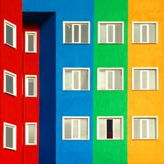 L'Istanbul colorata di Yener TorunDesign Playground | Design Playground