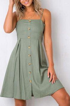 Vestido curto verde com botões