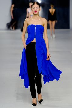Loving the cobalt blue at Dior Croisiére 2014