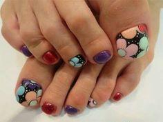 Fall pedicure colors toenails shades new ideas Fall Pedicure, Pedicure Colors, Pedicure Designs, Pedicure Nail Art, Toe Nail Designs, Fall Nail Designs, Nail Colors, Nail Polish Art, Toe Nail Art