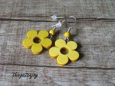 """Ohrhänger - Ohrhänger """"Holzblume"""" in gelb - ein Designerstück von things2enjoy bei DaWanda"""