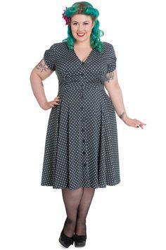 Plus Size Harriet Dress in Dove #plussize #plussizeboutique