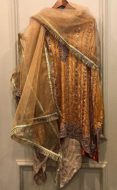 Dabka n zardozi embroidered on silk brocade Pakistani Formal Dresses, Pakistani Wedding Outfits, Bridal Outfits, Indian Dresses, Indian Outfits, Rajputi Dress, Pakistan Fashion, Desi Clothes, Indian Designer Wear