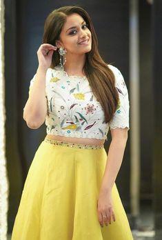 Keerthy Suresh Beautiful HD Photoshoot Stills & Mobile Wallpapers HD - Lehenga Designs, Churidar Designs, Indian Actress Photos, Beautiful Indian Actress, Beautiful Saree, Sonam Kapoor, Deepika Padukone, Indian Dresses, Indian Outfits