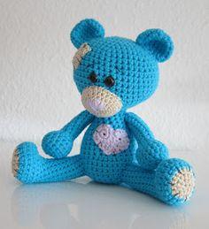 Ich hatte ja schon erwähnt, dass ich eine kleinen Teddy gehäkelt habe. Für mich ist es ein sehr besonderer Teddy. Vielleicht wird er das auc...
