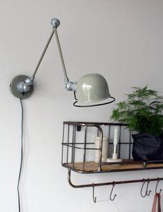 Robuuste wandlamp Lumidem Davin groen