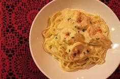 Macarrão fettuccine com camarão - Amando Cozinhar - Receitas, dicas de culinária, decoração e muito mais!