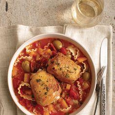 Poulet à l'espagnole-------------------------------------------------Poulet, légumes, pâtes... des ingrédients qui font du bien.