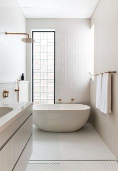 Bad Inspiration, Bathroom Inspiration, Chalet Design, Bathroom Photos, Bathroom Ideas, Bathroom Organization, Bathroom Designs, 3d Tiles Bathroom, Wall Tiles