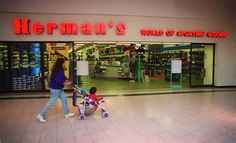 Herman's World of Sporting Goods Sunrise Mall, Star Cafe, Mall Stores, Long Island Ny, Best Places To Live, World Of Sports, Good Ole, The Good Old Days, Childhood Memories