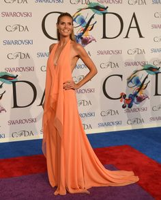 Every Look From The 2014 CFDA Awards Red Carpet: Heidi Klum in DKNY »