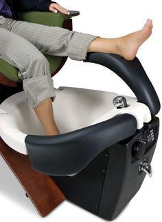 Single Seats For Living Room Nail Salon Design, Nail Salon Decor, Beauty Salon Decor, Beauty Salon Design, Salon Interior Design, Pedicure Tub, Spa Pedicure Chairs, Manicure Y Pedicure, Beauty Haven