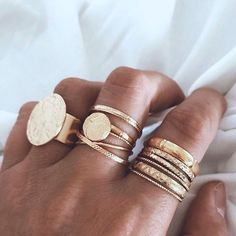 Jewellery | Sieraad | Sieraden | Ringen | Gouden ringen | Rings | Golden rings | Statement rings | Ring party | More on Fashionchick
