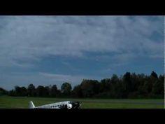 Hausen a.A (Switzerland) Sehr schönes Modell Albatros Spannweite über Very Slow can Fly this Bird. with Smoke effect. Video:RCHeliJet von Rc Pilots around the World Have Fun. see you Pilots