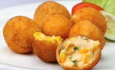 Awesome Cuisine gives you a simple and tasty Cheese Corn Balls Recipe. Try this Cheese Corn Balls recipe and share your experience. Appetizer Dishes, Yummy Appetizers, Appetizer Recipes, Snack Recipes, Cooking Recipes, Dishes Recipes, Party Appetizers, Cheese Appetizers, Party Snacks