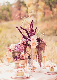 Peach & Lavender Inspiration Shoot - Photography: Alixann Loosle Photography