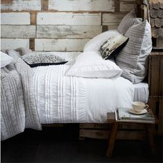 How to layer bed linen - Good article with different examples and styles of #bedroom. Happy layering!