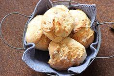 Schnelle Joghurtbrötchen - in 25 Minuten auf dem Tisch, super fürs Sonntagsfrühstück