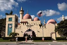 America's only city hall with minarets took architectural cues from Ali Baba and the Forty Thieves.