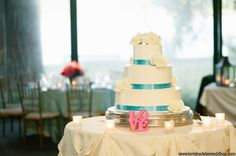 #GlenFoerdMansion #SummerWedding #TurquoiseandPink #Robertson'sFlowers #LorraineDaleyWeddingPhotography #cake
