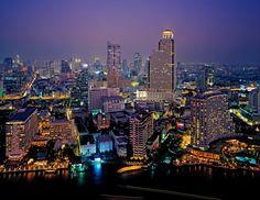 Voor het eerst backpacken of reizen in Thailand? We leiden je in 10 tips door de absolute must do's en need-to-know's. Thailand voor beginners!
