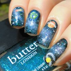 Nail Artists You Should Know - Galaxy Nails by Ann Kristin. This time talented Ann Kristin made these awesome galaxy nails. Diagonal Nails, Gradient Nails, Ufo, Nails By Ann, Nail Art Designs, Tattoo Designs, Galaxy Nail Art, Pastel Galaxy, Grunge