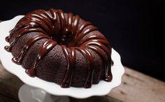 Receta de Bundt de chocolate con ganache de chocolate negro   Demos la vuelta al día