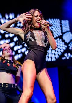 Discovered by Born to shine. Find images and videos about show, tour and martina stoessel on We Heart It - the app to get lost in what you love. Got Me Started Tour, Violetta Live, Iconic Women, Love Her, First Love, Teen, Tours, Album, Female