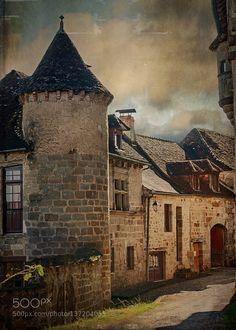 Le joli village de Curemonte by ylacaille. @go4fotos
