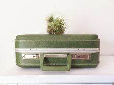 1461 Best Suitcase Storage Images On Pinterest In 2018 | Vintage Luggage,  Refurbished Furniture And Recycled Furniture