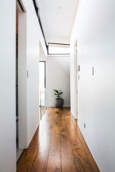 Home Decoration With Flowers Timber Flooring, Vinyl Flooring, Hardwood Floors, Cafe Interior, Home Interior Design, Interior Decorating, Floor Colors, Living Room Flooring, Flooring Options