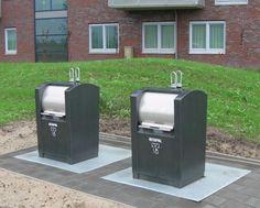 Ondergrondse afvalcontainer, deze komen op vele plekken in de wijk te staan zodat het voor iedereen gemakkelijk en snel toegangelijk is.