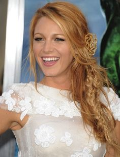 *bellaMUMMA {inspiration for a beauty-full life!}: copy-cat her hair: BLAKE LIVELY'S BOHO BRAID