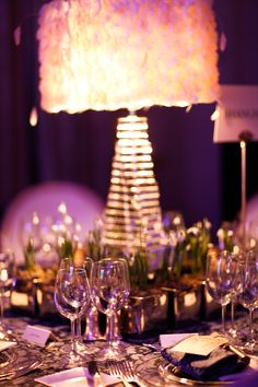 Feathered lamps - perfect for an intimate cabaret theme