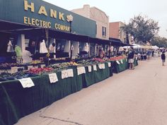 Downtown Clermont Farmers Market in Clermont Florida directory listing at farmers market online Old Florida, Central Florida, Clermont Florida, Farmers Market, Online Marketing, Dolores Park, Sunday, Travel, Domingo